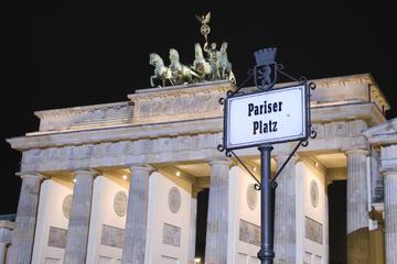 Tour di Berlino a piedi in piccoli