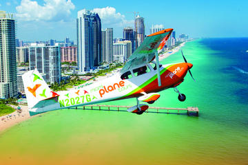 Day Trip Private Plane Tour over White Sandy Beaches near Pembroke Pines, Florida