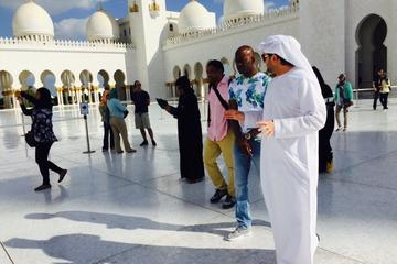 Sheikh Zayed Mosque Private Tour with Emirati Guide