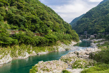 Day Trip to the Tokushima Prefecture including the Oboke Gorge and Iya Valley from Osaka