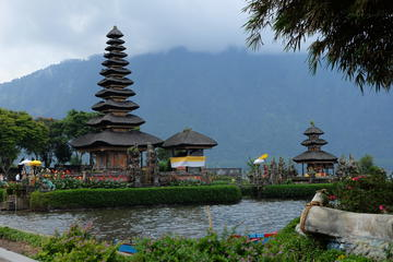 Full-Day Private Tour: Ulun Danu...