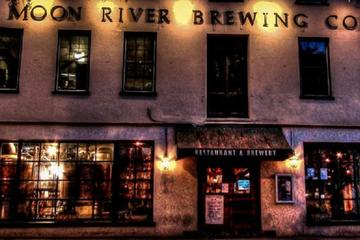 Haunted Pub Crawl in Savannah