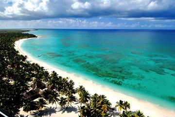 Croisière en catamaran et en hors-bord jusqu'à l'île de Saona au...