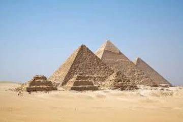 Cairo top tour visit Giza Pyramids and Sphinx
