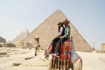 Day Tour to Giza Pyramids by Camel