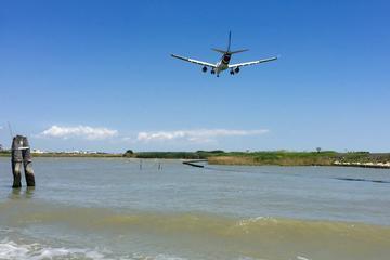 Traslado privado do Aeroporto de Veneza para o hotel no centro da...