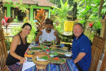 Authentic Bali: Overnight Stay at wayan house in a Traditional Village