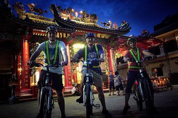 6時間のバンコクでのサイアム ラトリー ナイト サイクリング ツアー