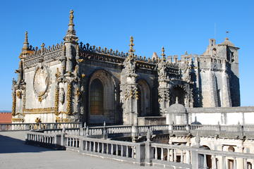 Small Group Tomar and Coimbra Day Tour From Lisbon