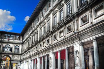 Tour privato: Galleria degli Uffizi e aperitivo happy hour