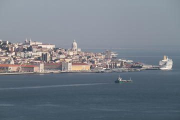 Christ the King South of Lisbon 3-Hour Electric Bike Tour