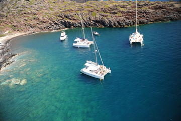 Santorini Sailing Cruise to Red Beach and Akrotini