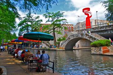 Book San Antonio: The Grand Historic City Tour on Viator
