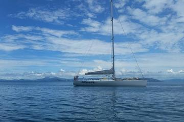 Private Whitsundays Sailing Charter from Airlie Beach