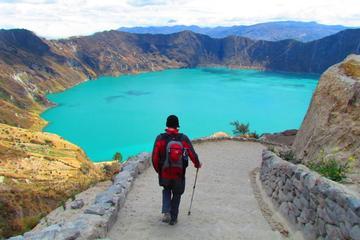 Excursión de senderismo de día completo a Lago Quilotoa desde Quito