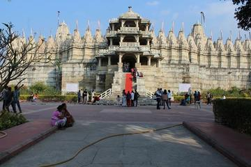 1-Day Tour to Jain Temple in Ranakpur from Udaipur Including Lunch