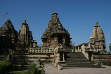 8-Day Khajuraho Kamasutra Tour with Jaipur and Agra from New Delhi