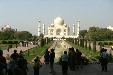 Agra Taj Mahal Day-Trip from Delhi by Train (Shatabdi Exp to Gatiman Exp)