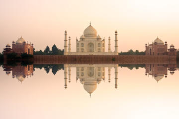 Visita privada de un día completo al Taj Mahal al atardecer y Agra...