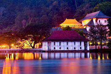 Kandy City Tour from Negombo