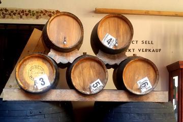 Excursion privée d'une journée complète dans une propriété vinicole...