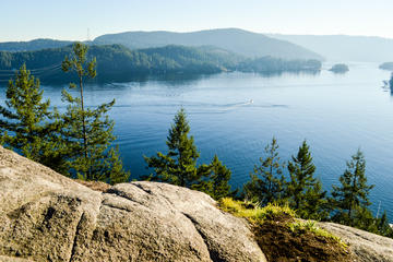 Quarry Rock Hike and Photography Tour