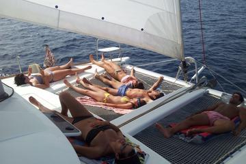 Strandtour mit dem Katamaran auf Ibiza