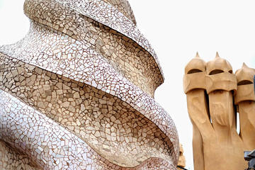 Gaudi Photography Tour in Barcelona
