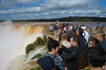 Day Tour to Iguazu Falls with 2 tours