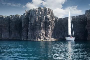 Cagliari: Amazing Mini Cruise Sailboat Private Tour Sleep in