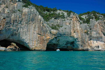 Cagliari: Full-Day Tour of Cala Luna and Sea Oxen Grottoes