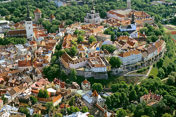 VIP and Exclusive Tallinn Tour