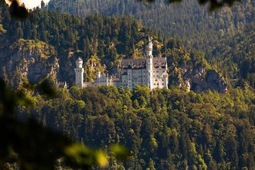 LuxuryVan Castles Tour from Munich to Neuschwanstein Hohenschwangau Linderhof