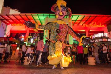 Evite las colas: Barra libre en la discoteca Mandala en Cancún