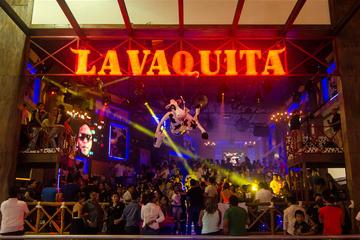 Evite las colas: Barra libre en La Vaquita en Cancún