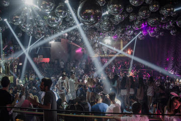 Skip the Line: Palazzo Nightclub Open Bar in Playa