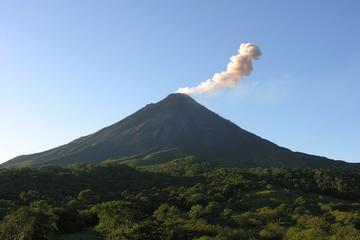 Volcanos Valley 9-Hour Hike