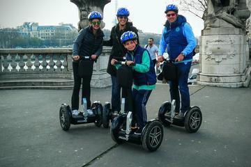Découvrez Paris avec une visite guidée en gyropode