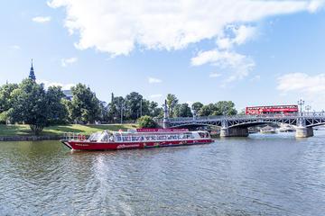 Kombinerad hoppa på-hoppa av-rundtur med buss och båt i Stockholm
