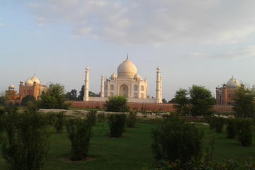 1-Day Private Tour of Taj Mahal-Agra Fort  From Delhi City  (NCR)