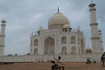 One Day Exclusively Grand Tour of Taj Mahal From Delhi