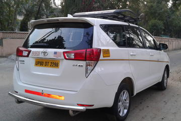 Private Transfers from Jaipur Airport to any Residences to Delhi by cab
