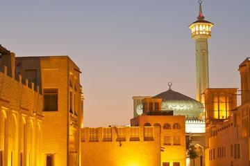 Trésors de la culture arabe et shopping dans les souks traditionnels