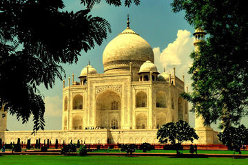 Agra Tour by Gatimaan Express