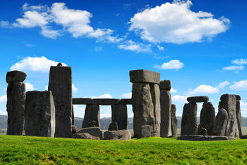 Viator Exclusive: Early Access to Stonehenge with a Specialist Guide...
