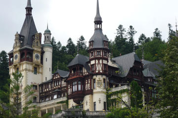 Full-Day Dracula Castle and Peles ...