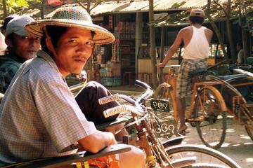 Visite privée d'une demi-journée à Mandalay en pousse-pousse