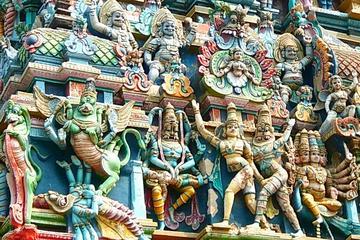 Visit: Meenakshi Amman Temple, Thirumalai Nayakkar Palace and Gandhi Museum in Madurai