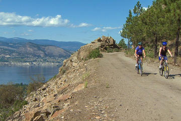 Okanagan Wine Country Bike and Wine Tour