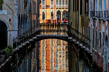 Private Venice Walking Tour and Gondola Ride